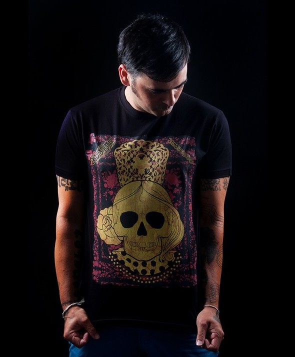 Skulls and Shawl Kusama Tshirt