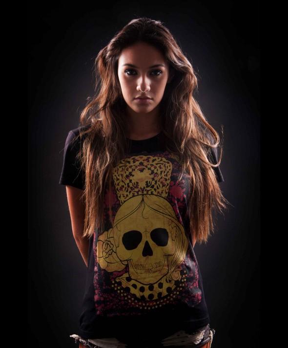 Camiseta Kusama Calavera y manton 02 para chica
